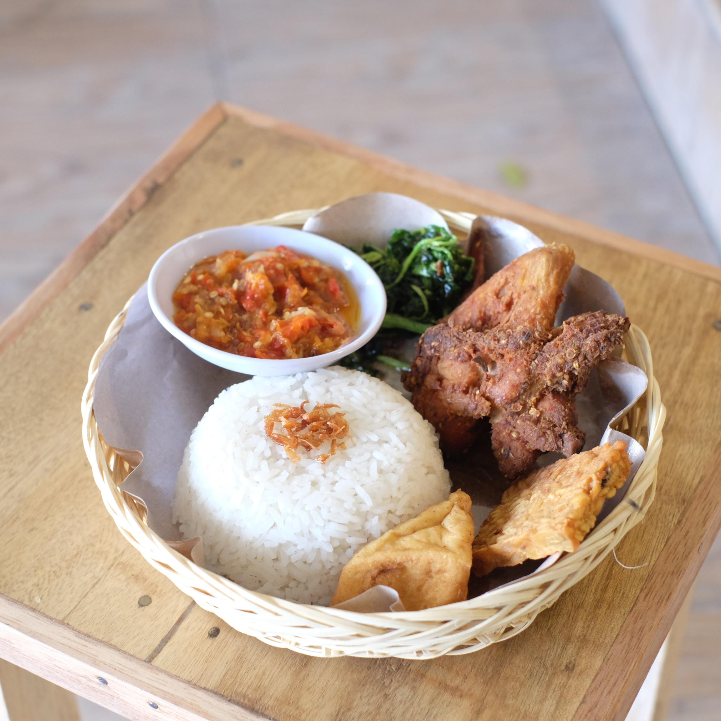 Waroeng bandoeng Bali, Dewi sri